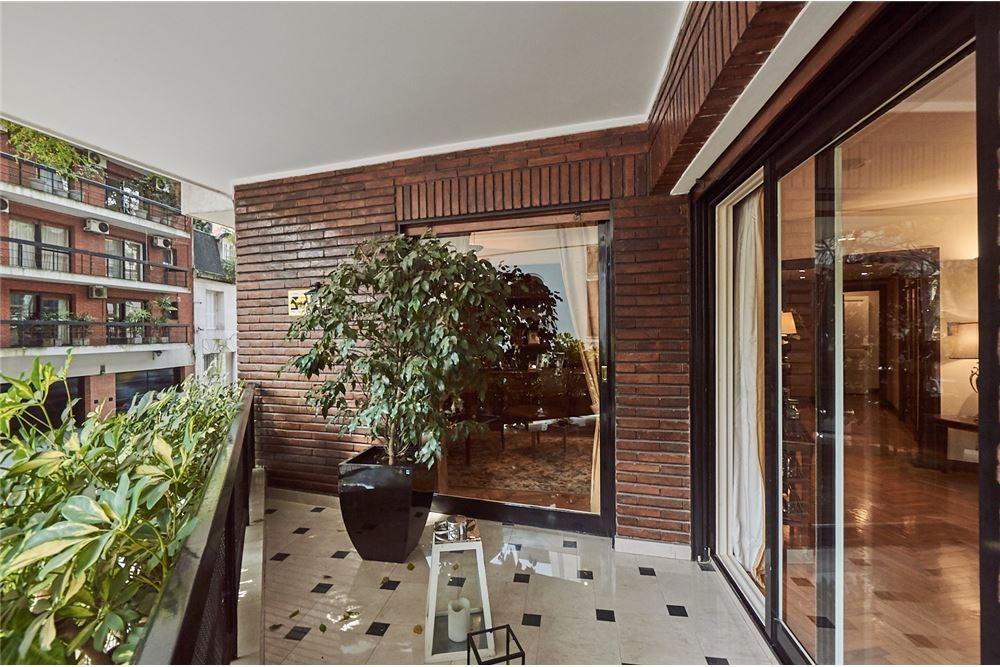 venta piso 6 ambientes. seguridad. barrio parque