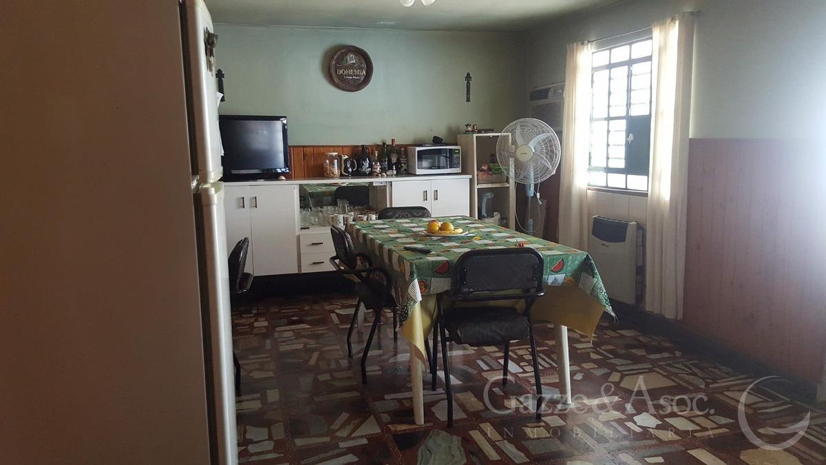venta pje. bolonia 4500c casa 2 dor patio cochera