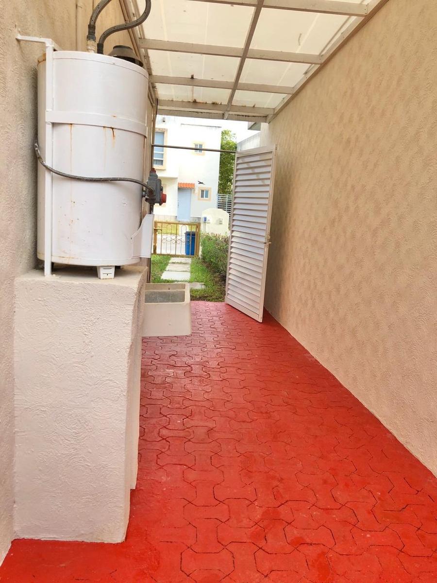 venta preciosa casa en fraccionamiento en zona sur de cancun