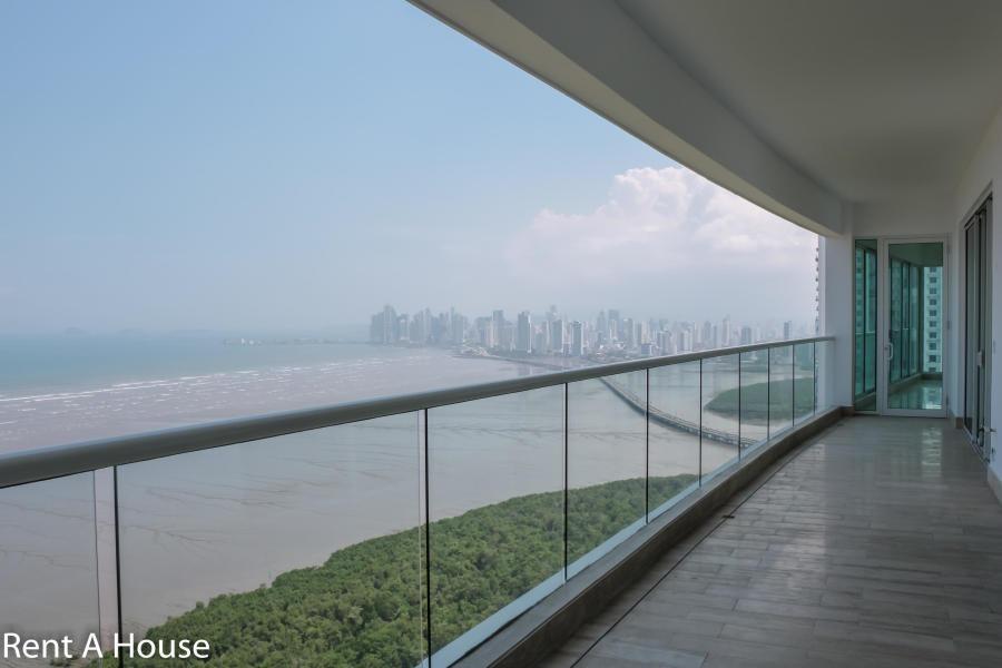 venta prestigioso apartamento en marea 2 costa del este pana