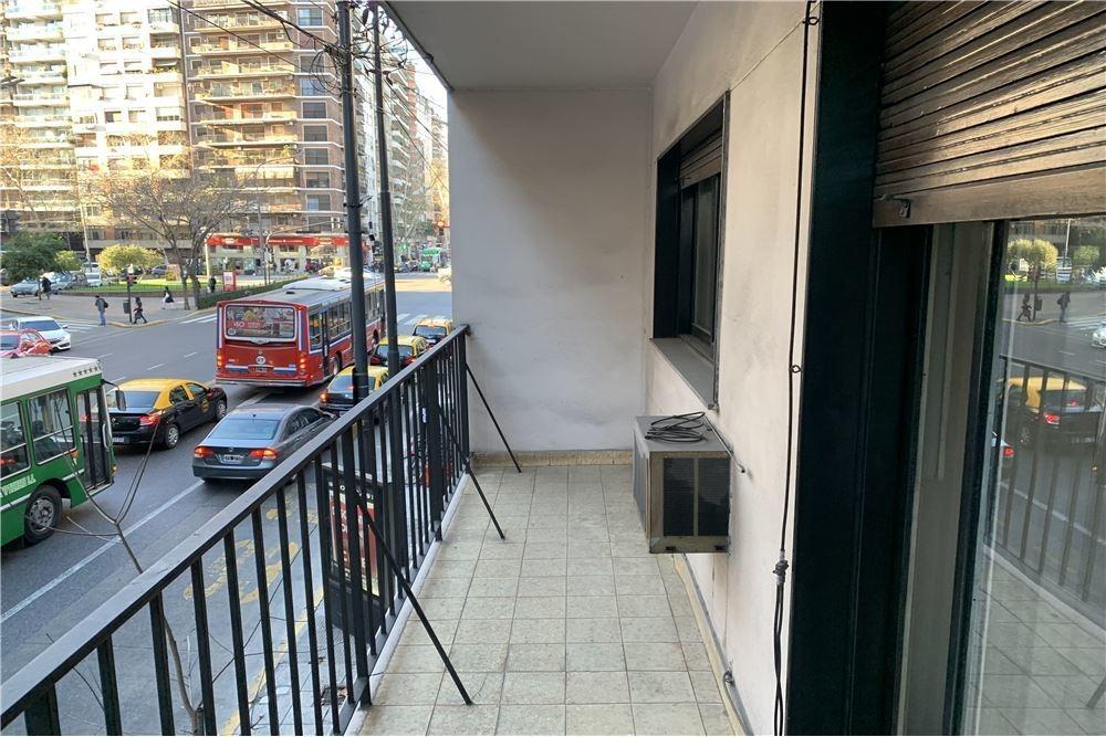 venta recoleta 2 amb patio y balcon al frente