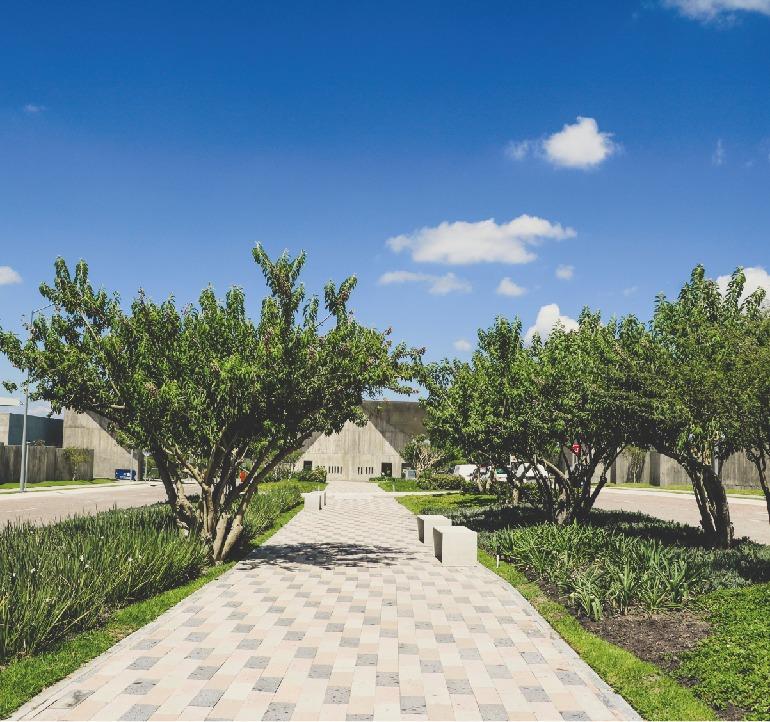venta residencia con 4 rec con baño y roof garden-juriquilla