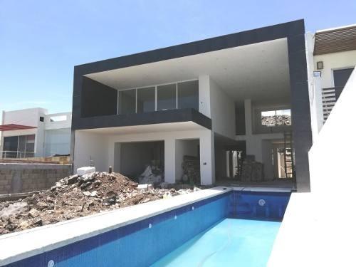 venta residencia nueva en burgos corinto