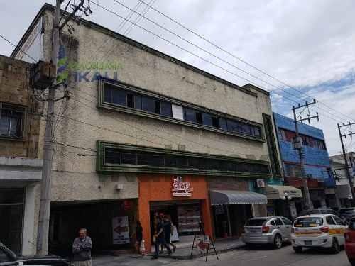 venta terreno 1562.90 m² zona centro tampico tamaulipas. ubicado en la calle altamira # 113 poniente, en la zona centro de la ciudad de tampico tamaulipas, son dos terrenos urbanos que forman uno sol