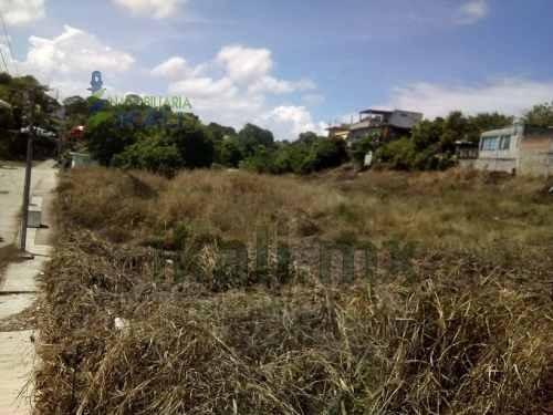 venta terreno 2603.50 m² gutierrez zamora veracruz. ubicado en calle cabezos del carmen sn, colonia hidalgo en la ciudad de gutierrez zamora, el terreno cuenta con una superficie plana de 2603.50 m²,
