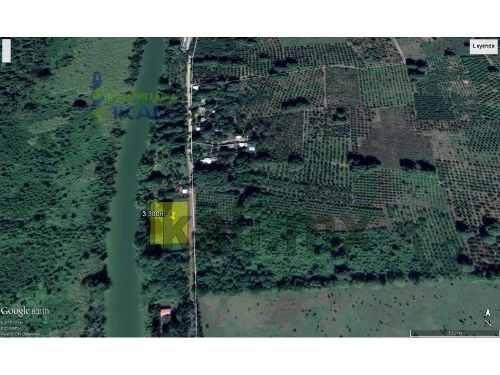 venta terreno 3300 m²  zapotal de zaragoza tuxpan veracruz.  ubicado en  camino a zapotal de zaragoza en el municipio de tuxpan veracruz, cuenta con una superficie de 3300 m², de frente tiene 83 metr