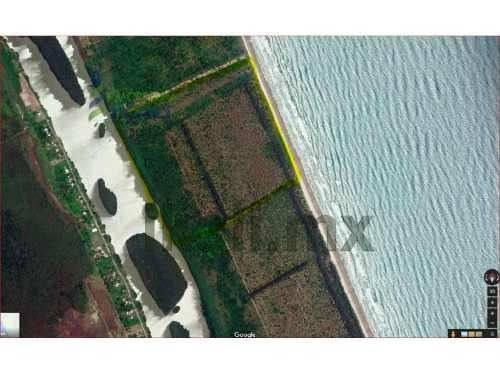 venta terreno 36,718 m² frente al mar en la playa de tamiahua veracruz. ubicado en la isla de los potreros en la playa majual. col. rio tanhuijo calle.lote # 12 de las tierras de agua dulce. terreno
