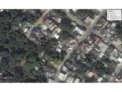 venta terreno 386 m² col. manuel avila camacho poza rica veracruz, se encuentra ubicado en la calle zacatecas # 320 de la colonia manuel avila camacho, cuenta con 386 m² son 14.5 m. de frente por 26.
