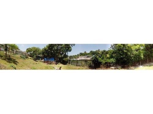 venta terreno 500 m² colonia azteca tuxpan veracruz, se encuentra ubicado en la calle plutarco elias calles 49, cuenta con 500 m², a 3 cuadras antes de llegar al libramiento, cuenta con todos los ser