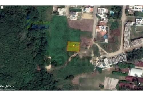 venta terreno 750 m² col. jardines de tuxpan veracruz. ubicado en la calle río palmas, el terreno cuenta con un frente de 25 m, y una largura de 30 m, dando una superficie útil de 750 m². cuenta con
