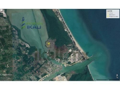 venta terreno 8.9 has frente laguna de tampamachoco tuxpan veracruz méxico con 229 metros frente a la laguna con 425 metros de fondo a un costado de la colonia petrolera por el imss, se venden a part