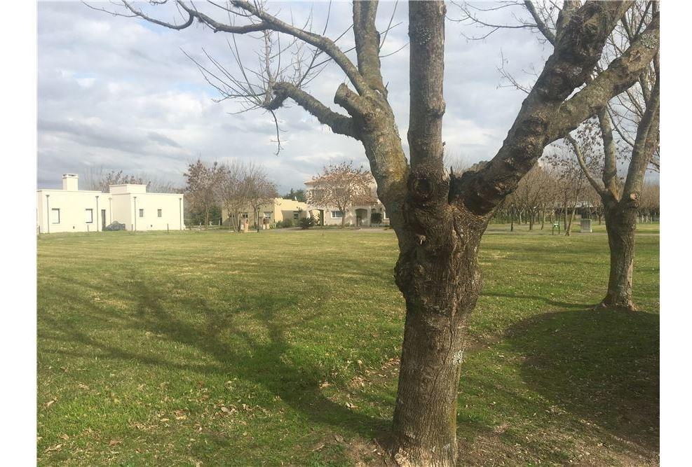 venta terreno barrio cerrado la reserva  de pilar