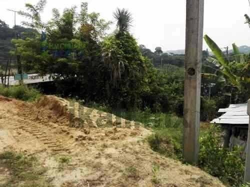 venta terreno colonia las granjas de alto lucero tuxpan veracruz 150 m², cuenta con 150 m² son 10 m. de frente a la calle por 15 m. de fondo, ubicado en calle sin nombre a unos metros del campo de fú