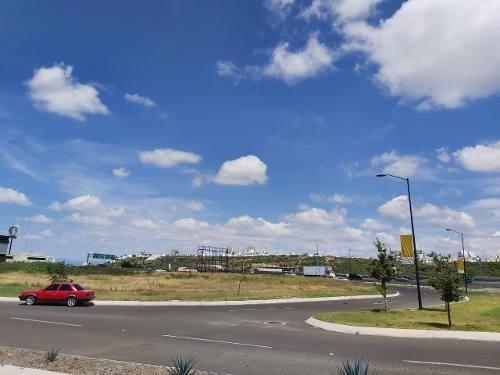 venta terreno comercial y de servicios autopista mex qro