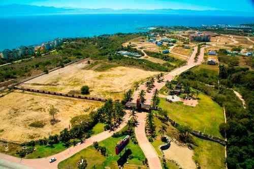 venta terreno con club playa