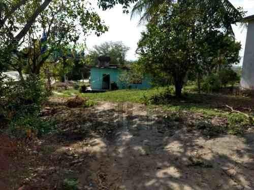 venta terreno con construccion en autopista tuxpan veracruz - méxico, ubicado en la autopista tuxpan- mexico en la comunidad de ceiba rica en esquina con el camino a rural en el municipio de tuxpan v