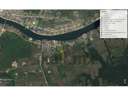 venta terreno de 1 a 6 hectáreas zona industrial libramiento portuario tuxpan veracruz, se encuentra ubicado en la zona industrial del puerto con accesos por la carretera a cobos y da al libramiento