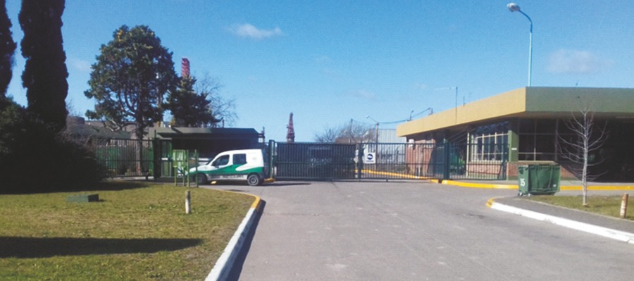 venta - terreno de 8000 mts. 2. p industrial ensenada (ypf)