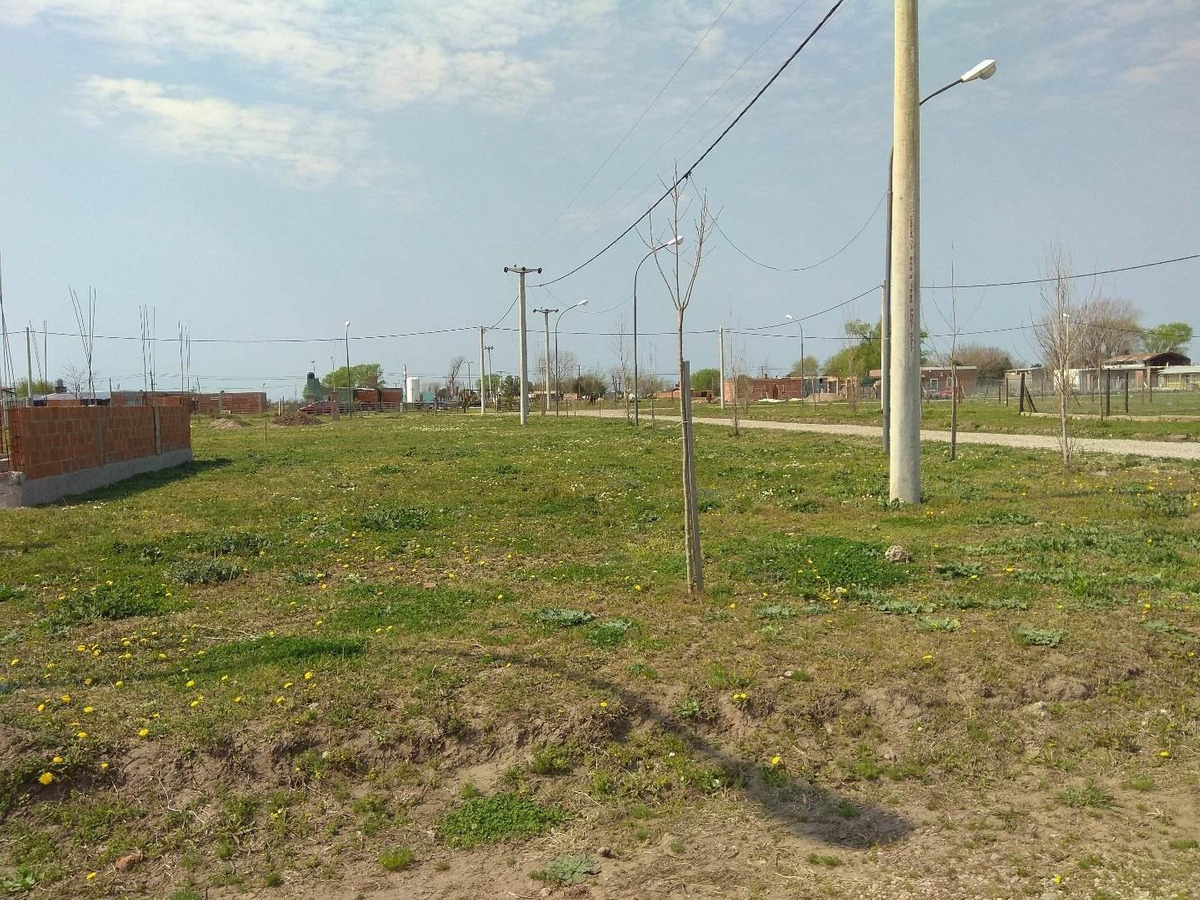 venta terreno en alvear - troncales del sur . esquina