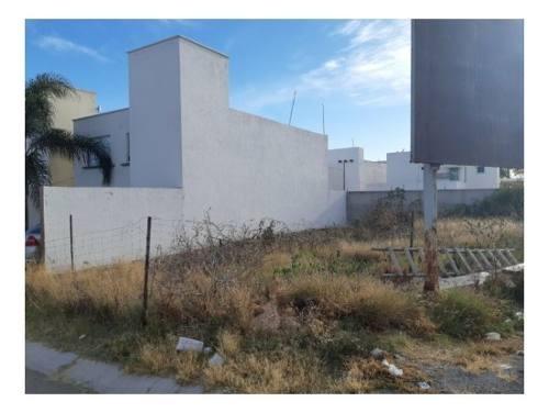 venta terreno en juriquilla (265 m2)