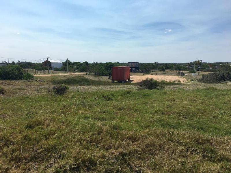 venta terreno en la juanita sobre la ruta