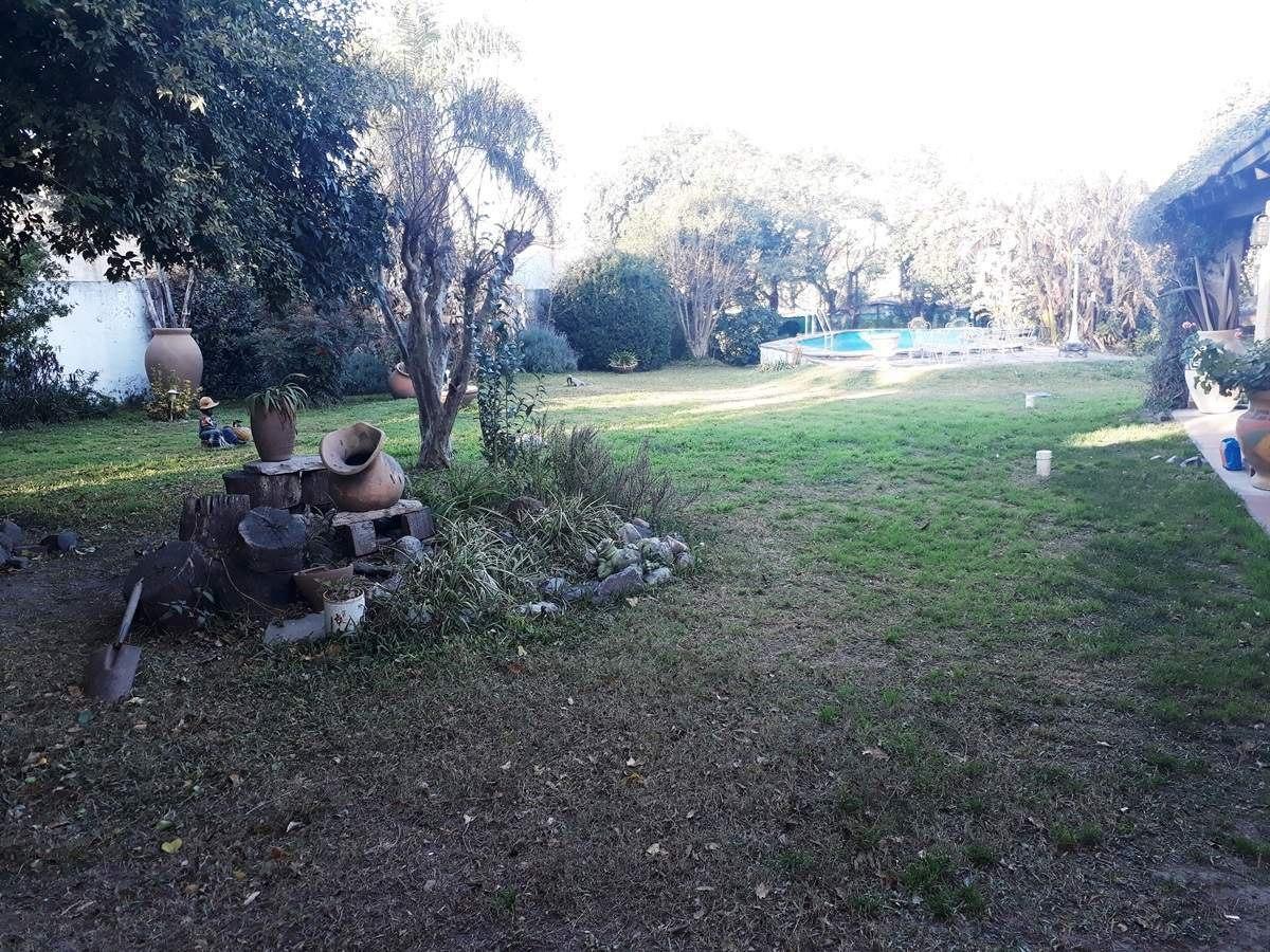 venta, terreno esquina en villa allende zona golf - barrio condor bajo