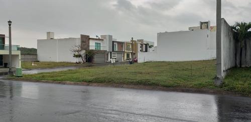 venta terreno lomas residencial