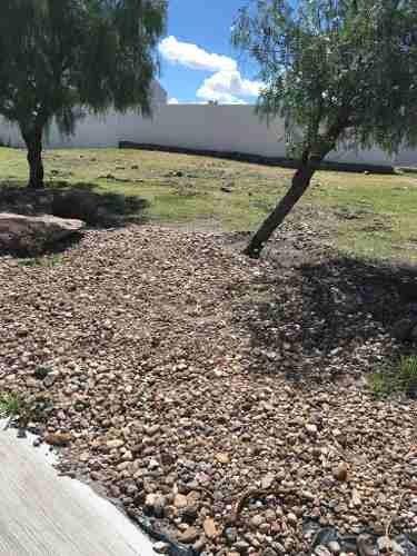 venta terreno uso suelo comercial en juriquilla