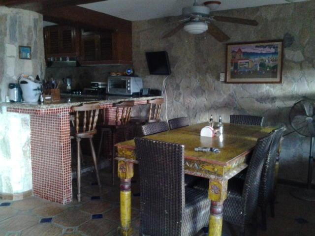 venta townhouse el hatillo eq59 19-18310