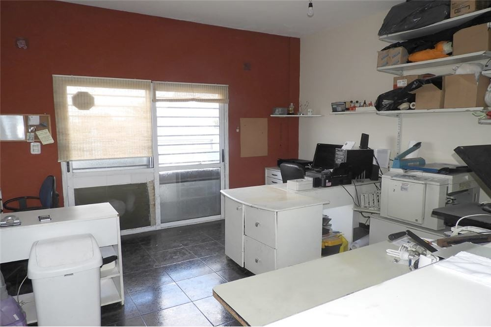 venta- triplex 4 ambientes garage- villa luzuriaga