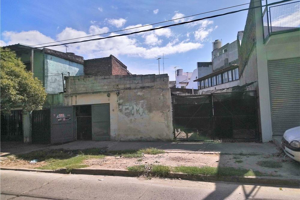 venta villa pueyrredón 2 locales +  lote