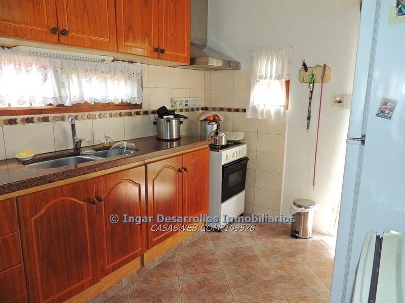 venta y alquiler casa 4 dormitorios,8 personas- la floresta