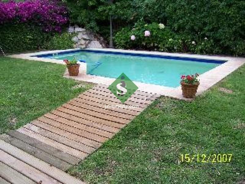 venta y alquiler de casa en la mansa, 5 dormitorios, 4 baños, 2 cuadras del mar.- ref: 44080