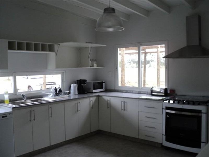 venta y alquiler de gran residencia en barrio privado el quijote-ref:542
