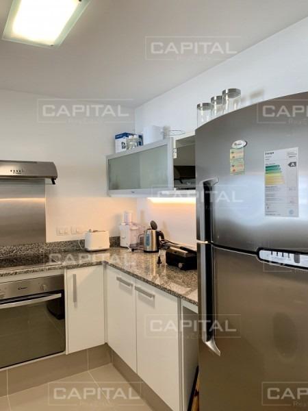 venta y alquiler temporario de apartamento de dos dormitorios a pasos de playa brava -ref:29028