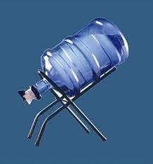venta y entrega de botellones de agua agua buena y soportes.