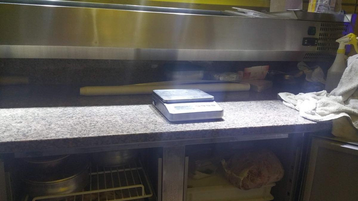 venta y/o permuta de pizzeria a puerta cerrada.