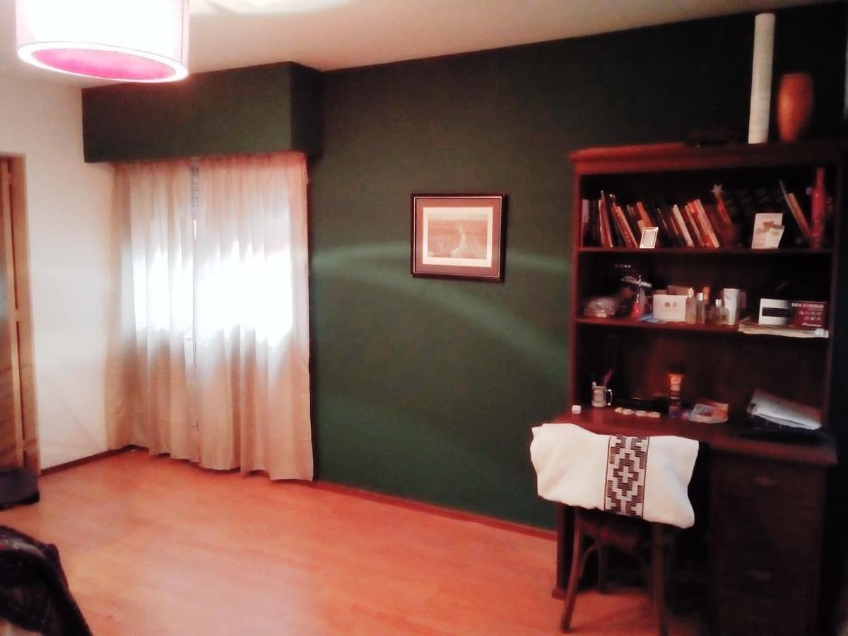 venta: zeballos 74. departamento de un dormitorio