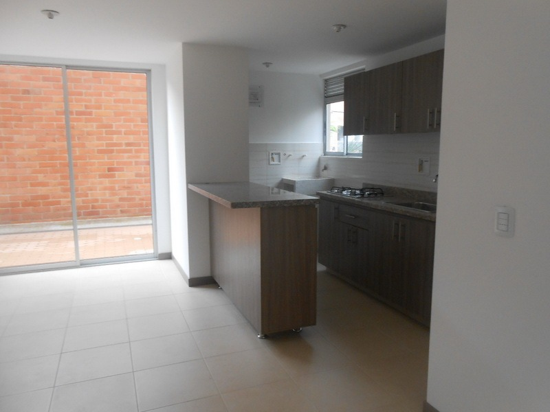venta/arriendo apartamento  en sabaneta cod 3710