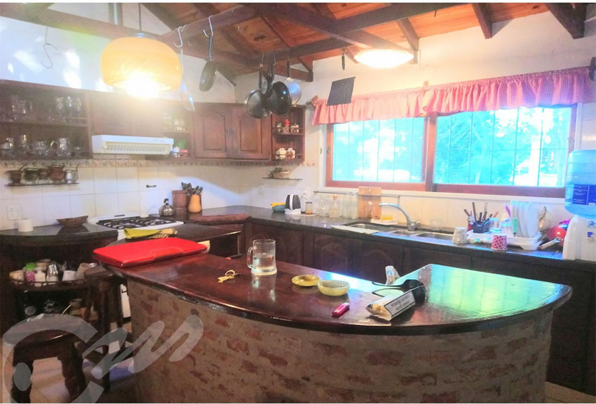 venta.casa 4 dormitorios + casa caseros en barrio el cazador