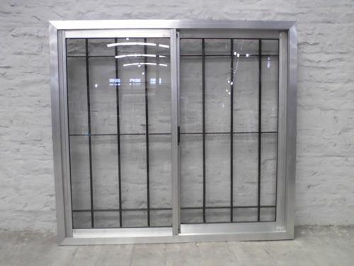 ventana aluminio natural120x110 con vidrio y reja