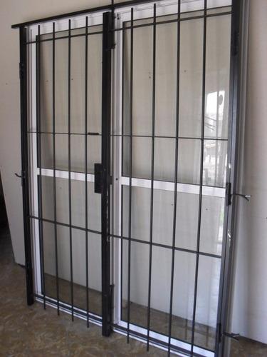 ventana balcon aluminio 150x200 con puerta reja y mosquitero