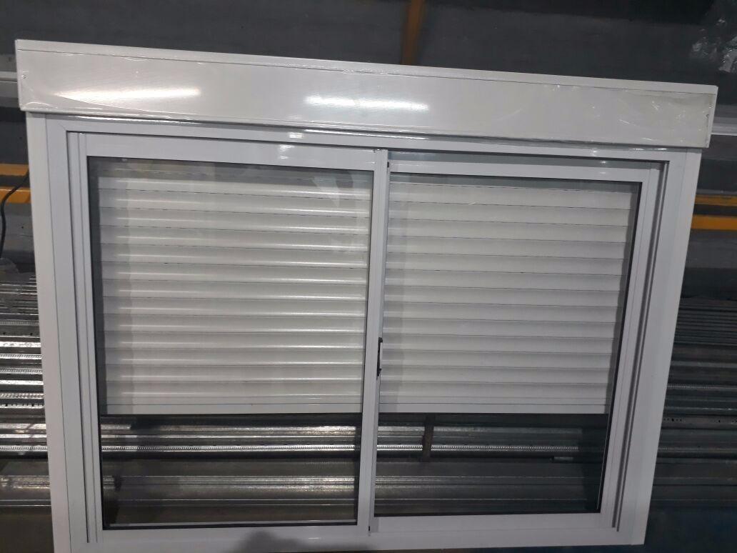 Ventana Con Persiana Y Cajón Compacto De Aluminio Automat ...