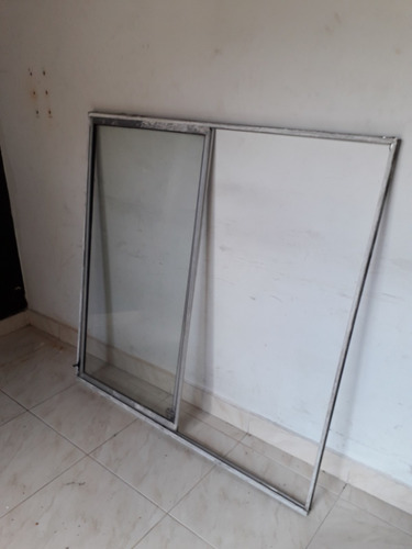 ventana con vidrios corrediza