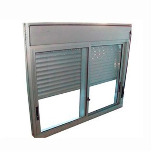 ventana corrediza con cortina y cajón integrado