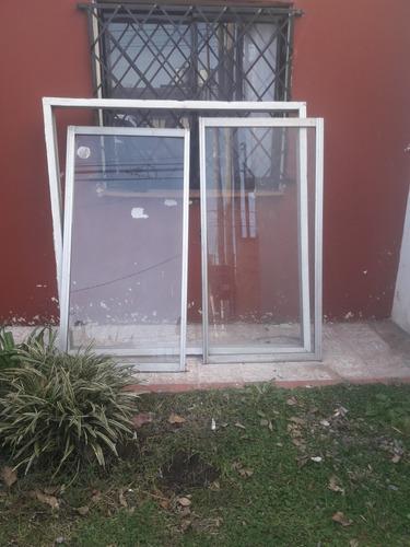 ventana de aluminio usada
