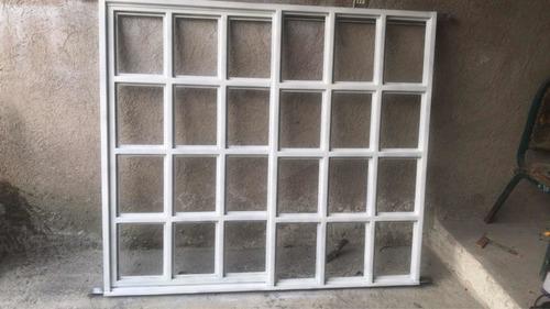ventana de herrería sin vidrios