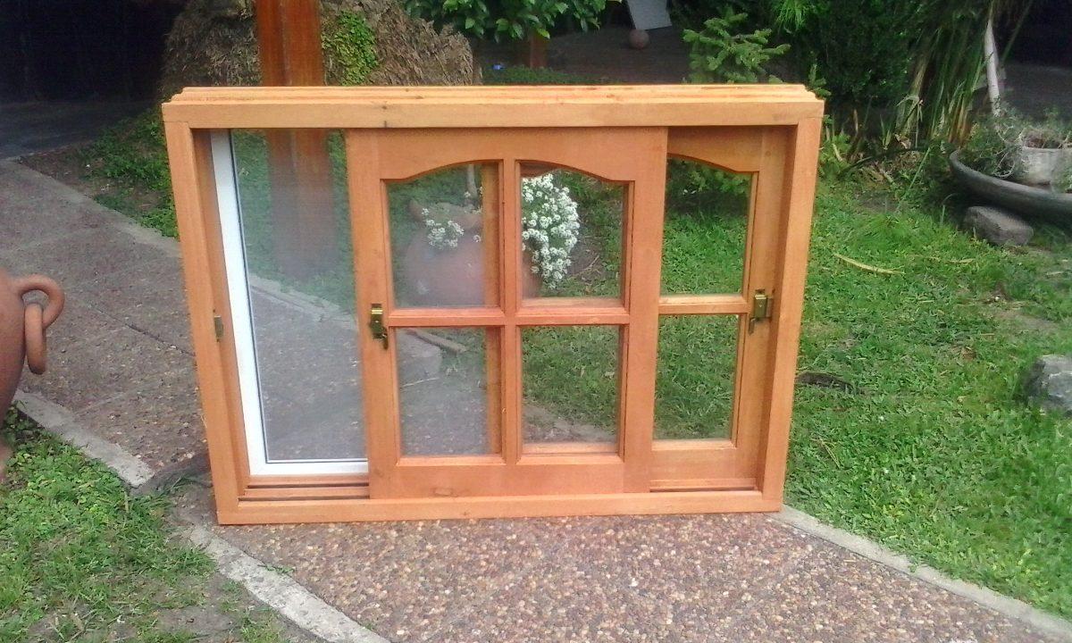 Modelos de ventanas de madera bao pequeo con elementos de for Como hacer puertas de madera con vidrio