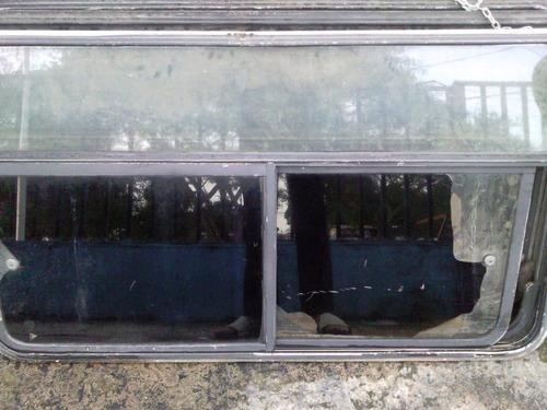 ventana pequeña autobuses encava o similares modelo viejo