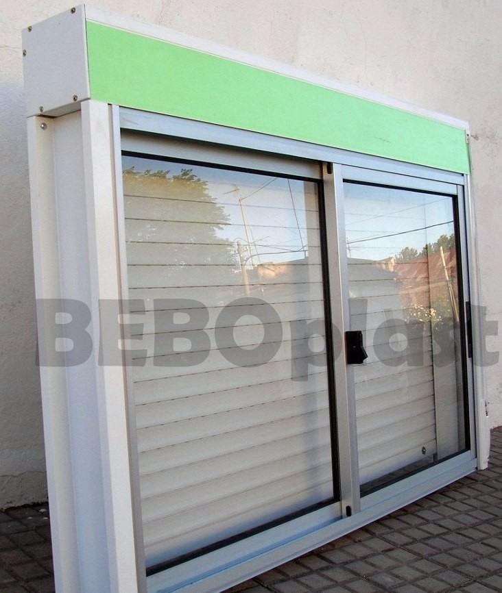 Ventanas aluminio c cortina enrrollar sistema monoblock for Ventanas con persianas incorporadas